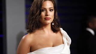 Ashley Graham's pregnancy nude has divided the internet