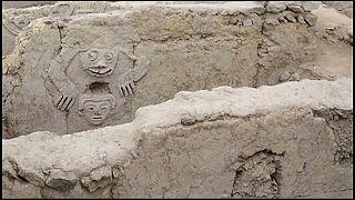 Une fresque de 3 800 ans découverte au Pérou