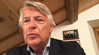 Ferruccio De Bortoli durante l'intervista ad Euronews.