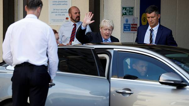 Boris Johnson procura consenso em Berlim