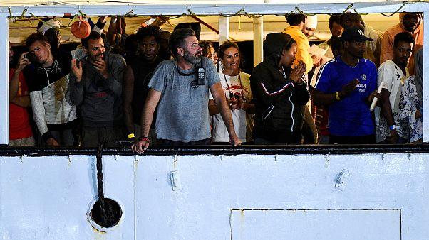 Kiköthetett az Open Arms Lampedusán