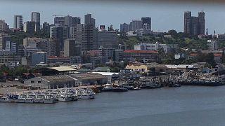 Parlamento moçambicano aprova Acordo de paz