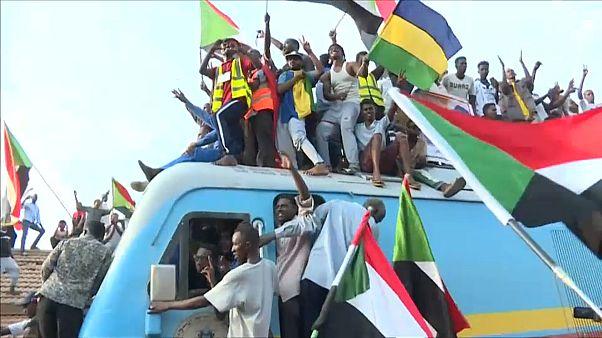 Neues Kapitel für den Sudan - Übergangsregierung steht