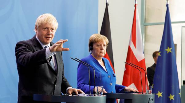 Boris Johnson à Berlin et Paris en mission Brexit