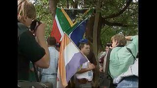 L'Afrique du sud bannit le drapeau de l'apartheid