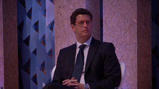 Ministro brasileiro do Meio Ambiente vaiado em evento sobre mudanças climáticas