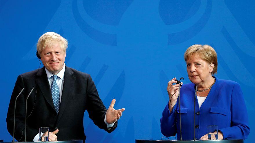"""Меркель дала Джонсону 30 дней на """"бэкстоп"""""""