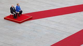Boris Johnson e Angela Merkel: vicini o lontani ad un accordo?
