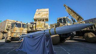 ایران از سامانه موشکی بُرد بلند «باور ۳۷۳» رونمایی کرد