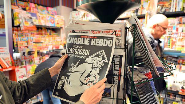 Charlie Hebdo davası: Saldırganlara silah tedarik etmekle suçlanan 2 Türk yargılanacak