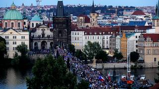 Kormányellenes tüntetéssé alakult a prágai tavaszra emlékezés