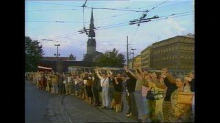 """Прошло 30 лет с акции """"Балтийский путь"""""""