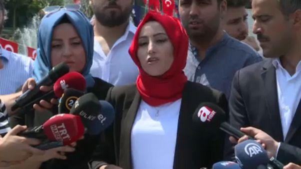 İstanbul Büyükşehir Belediyesi Medya AŞ çalışanları işten çıkarılmalara tepki gösterdi