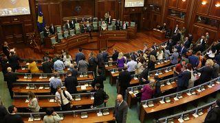 Kosova'da meclis feshedildi, erken seçime gidilecek