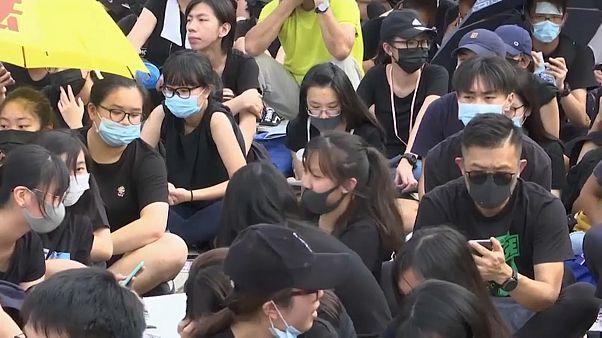 مقاطعة الدراسة.. أسلوب جديد لطلاب هونغ كونغ للاحتجاج والضغط على الحكومة