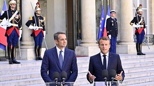 Macron: Türkiye'nin hidrokarbon arama faaliyetleri karşısında zayıflık göstermeyeceğiz