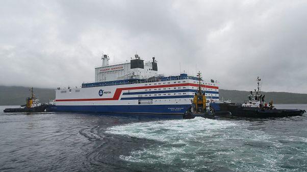 Oroszország: 5000 kilométeres út az úszó atomerőmű előtt