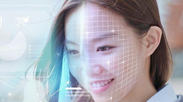 Egy bank arcfelismerő szoftvere buktatta le a gyilkost Kínában