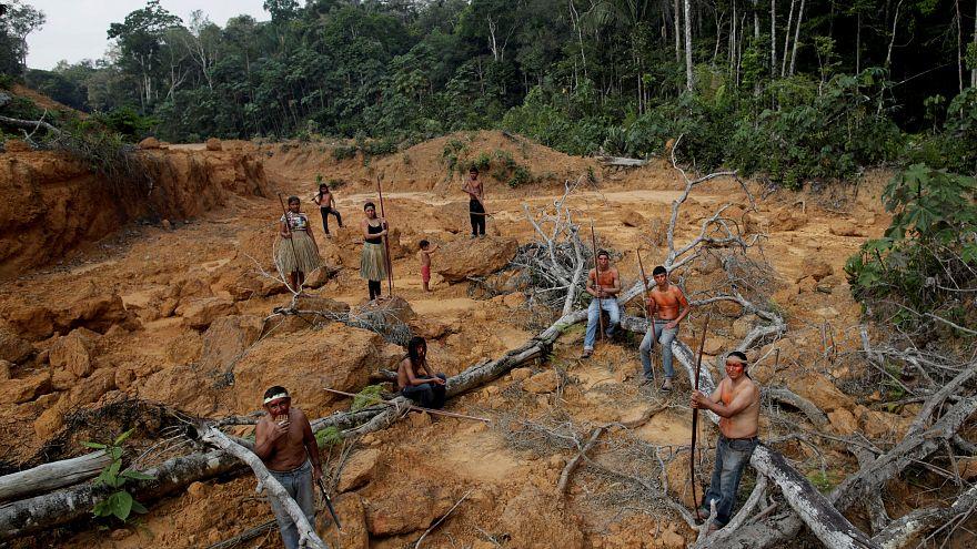 Φωτιές στον Αμαζόνιο:Με μπλόκο στη συμφωνία Ε.Ε.-Mercosur απειλεί το Παρίσι