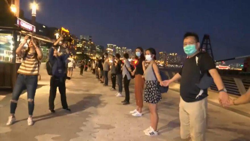 ویدئو؛ زنجیره انسانی معترضان هنگ کنگی