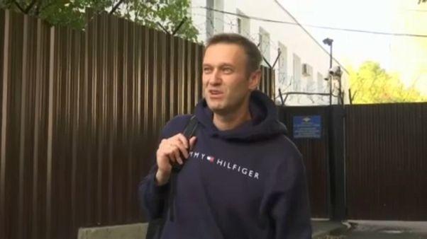 El opositor ruso Navalni sale de prisión y prevé más protestas