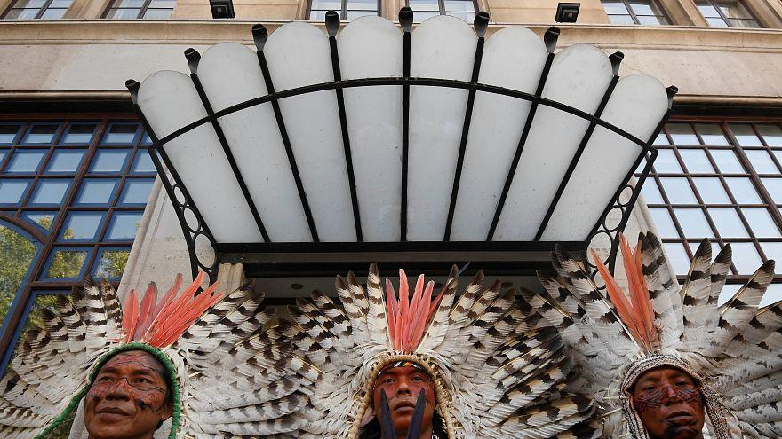 Лондон: индейцы против пожаров