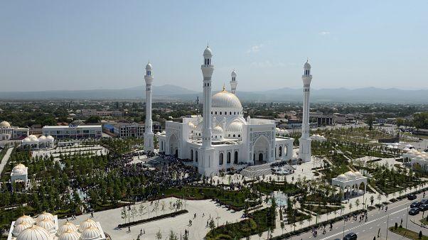 """مسجد """"فخر المسلمين"""" في الشيشان"""