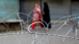 رهبران احزاب مخالف دولت هند برغم هشدارها به سوی کشمیر پرواز کردند