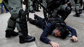Hongkong: Polizei schlägt Demo gewaltsam nieder