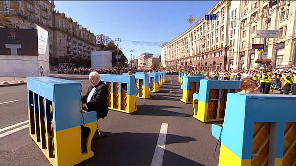 Yellow and blue abound as Ukraine celebrates its independence