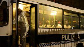Erleichterung und Kritik: 356 Migranten in Malta an Land