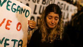 من احتجاج في ريو دي جانيرو البرازيلية مطالبةً بحماية الأمازون