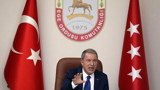 Milli Savunma Bakanı Hulusi Akar, Ege Ordusu Komutanlığını ziyaret etti. Bakan Akar, burada açıklamalarda bulundu.