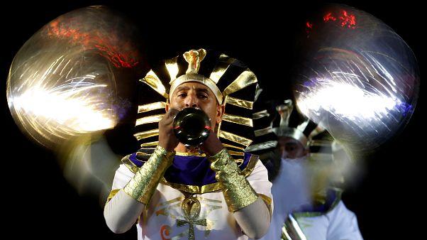 شاهد: فراعنة وألعاب نارية في مهرجان للفرق الموسيقية العسكرية بموسكو