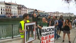 Amazon yangınlarıyla ilgili açıklamalarına rağmen çevreci aktivistlerden Macron'a tepki
