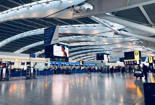 3D scanners to reduce queues at UK airports