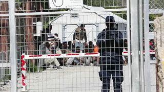 Flüchtlingslager Moria: Ein Toter bei Messerstecherei