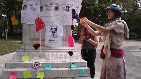 #Mexique : des cœurs pour honorer les femmes assassinées