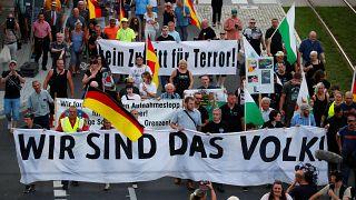 """Demonstranten bei der Kundgebung von """"Pro Chemnitz"""""""