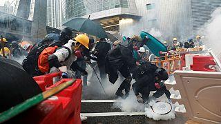 هنگکنگ؛ دستگیری ۳۶ نفر در شدیدترین درگیریها بین پلیس و معترضان