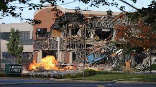 انفجار قوي للغاز الطبيعي يلحق أضرارا جسيمة بمركز تجاري في ماريلاند الأمريكية
