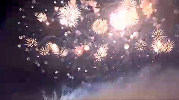 Feuerwerksweltmeisterschaft in Kaliningrad: die Zuschauer staunen