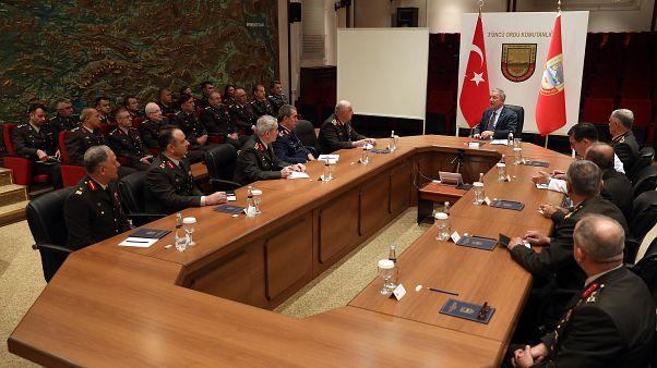 Milli Savunma Bakanı Hulusi Akar bazı generallerin istifa ettiklerini doğruladı