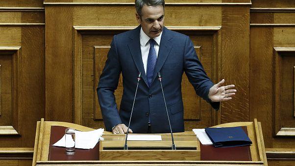 Grecia: Mitsotakis annuncia la revoca del controllo sui capitali