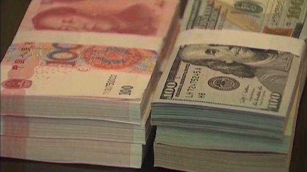 El yuan toca mínimos en plena guerra comercial entre Washington y Pekín