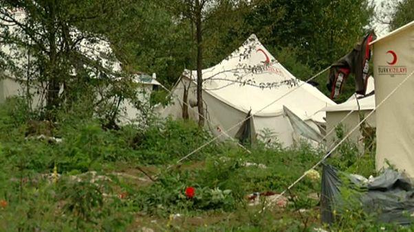 Embertelen körülmények között rekedtek menedékkérők Boszniában a horvát határon