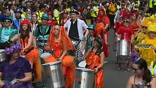 Londres celebra Carnaval em agosto
