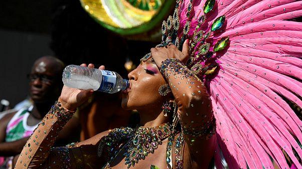 Notting Hill Karneval bei 32° im Schatten in London