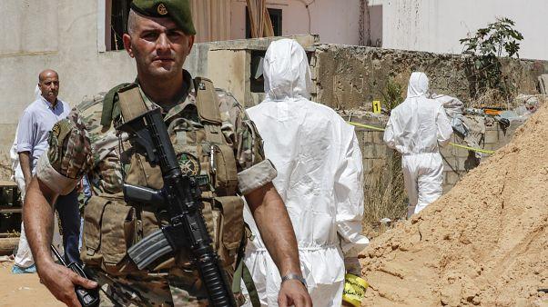 Beyrut'ta güvenlik birimleri, İsrail'e ait insansız hava araçlarının düştüğü bölgede incelemede bulundu