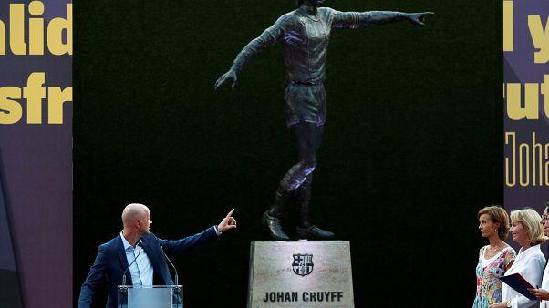 Barcelona: Fußball-Idol Johan Cruyff ( †68) am Camp Nou verewigt
